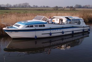 Norfolk Broads Boating Holiday - Absolute Freedom